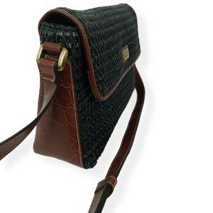 VTG like new condition crossbody purse